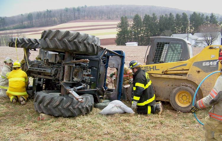 crush-injury-tractor man dead - slowly -dying